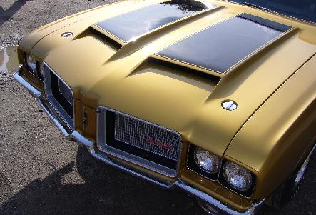 1972  OLDSMOBILE W30 RESTORATION